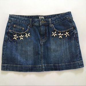 EUC GUESS Denim Mini Skirt  sz 28